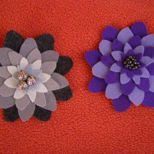 Kwiaty - broszki szyte z arkuszy filcu